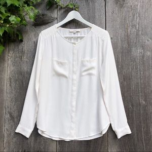LOFT off white collarless button down blouse C3